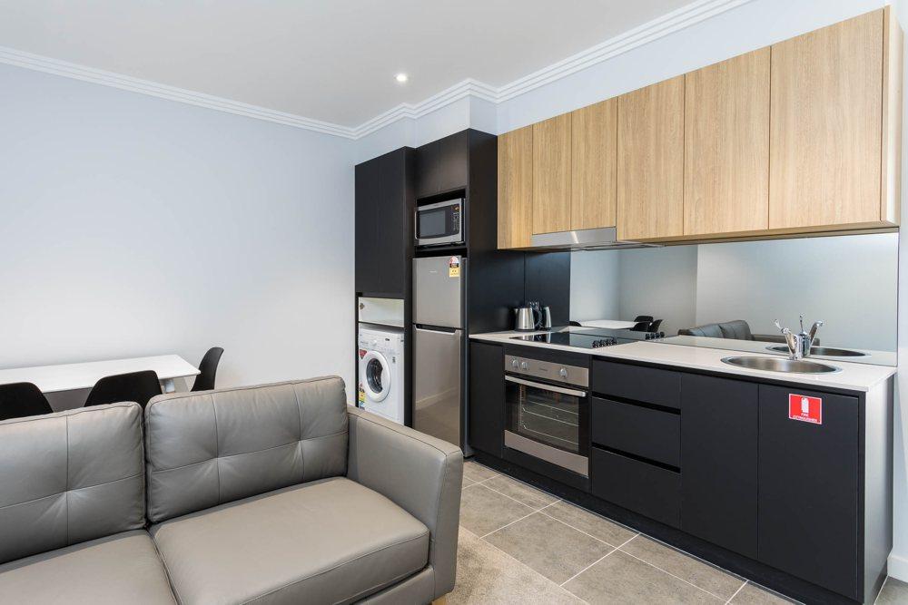 suite one kitchen