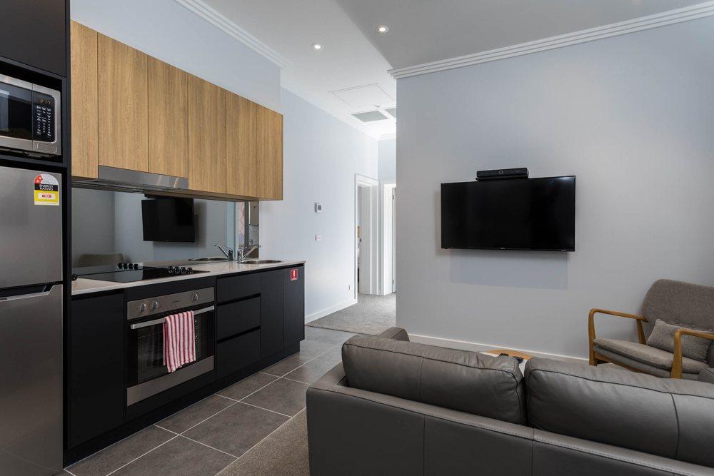 suite 3 lounge